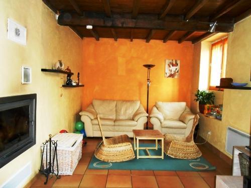 Maison ancienne vente maison villa sillans agence for Salon avec cheminee