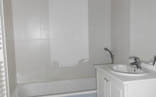 appartement : salle de bains