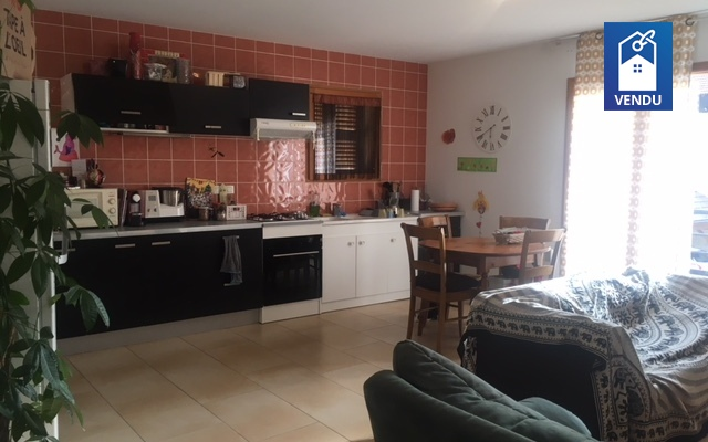 Immobilier sur Saint Etienne de Saint Geoirs : Appartement de 3 pieces