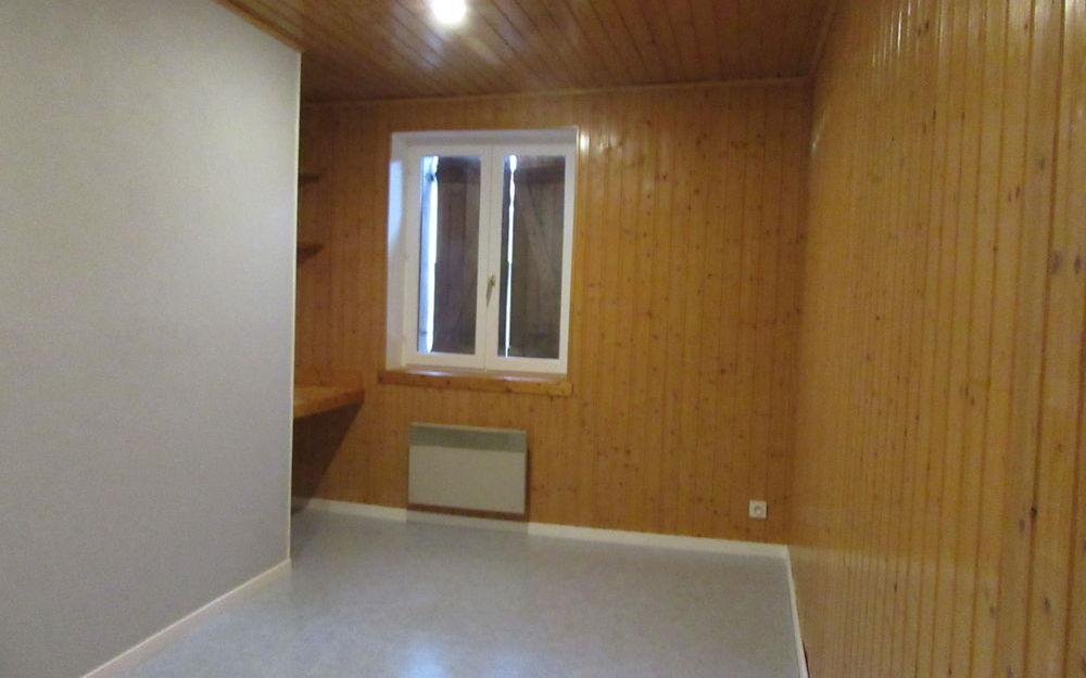 Appartement T4 : UNE CHAMBRE