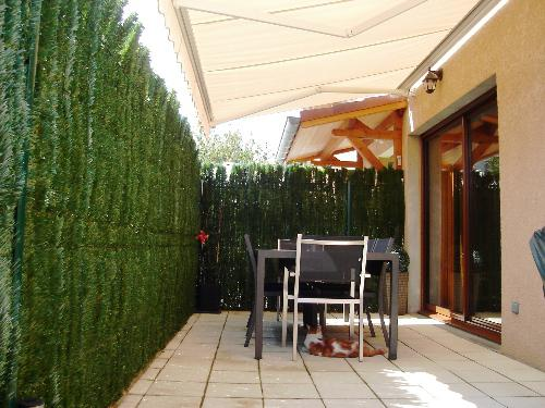 Appartement T3 avec rez de jardin - Location Appartement Doissin