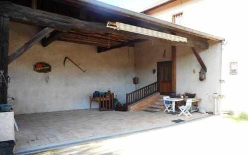 maison ancienne : magnifique preau