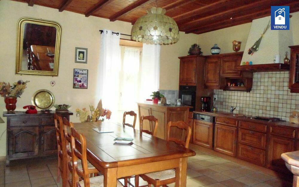 Immobilier sur Montrevel : Maison/villa de 7 pieces