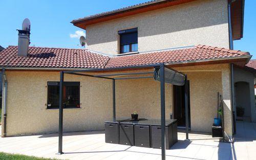 villa : coté terrasse