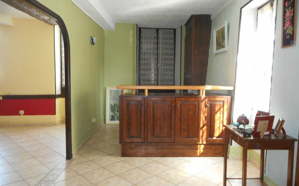 Maison ancienne : séjour salon
