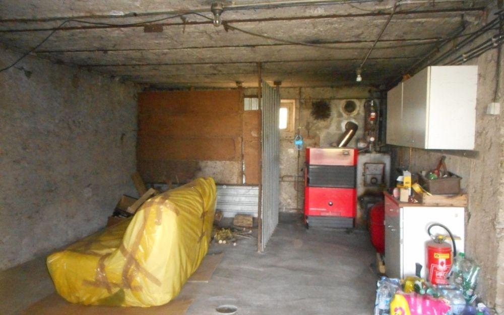 maison de caractère : sous sol complet