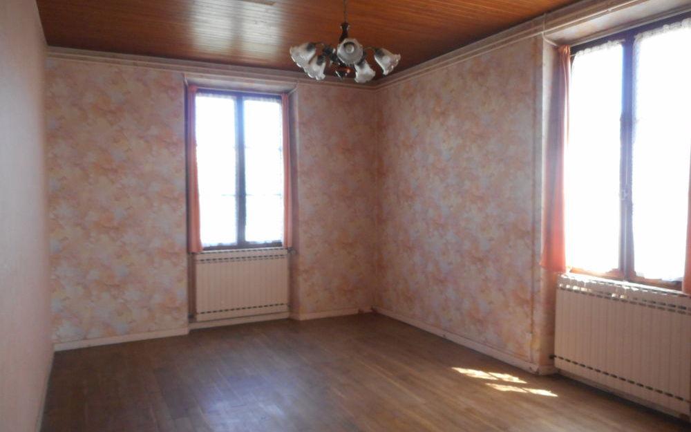 Maison ancienne avec dependances : Maison ancienne avec dependances