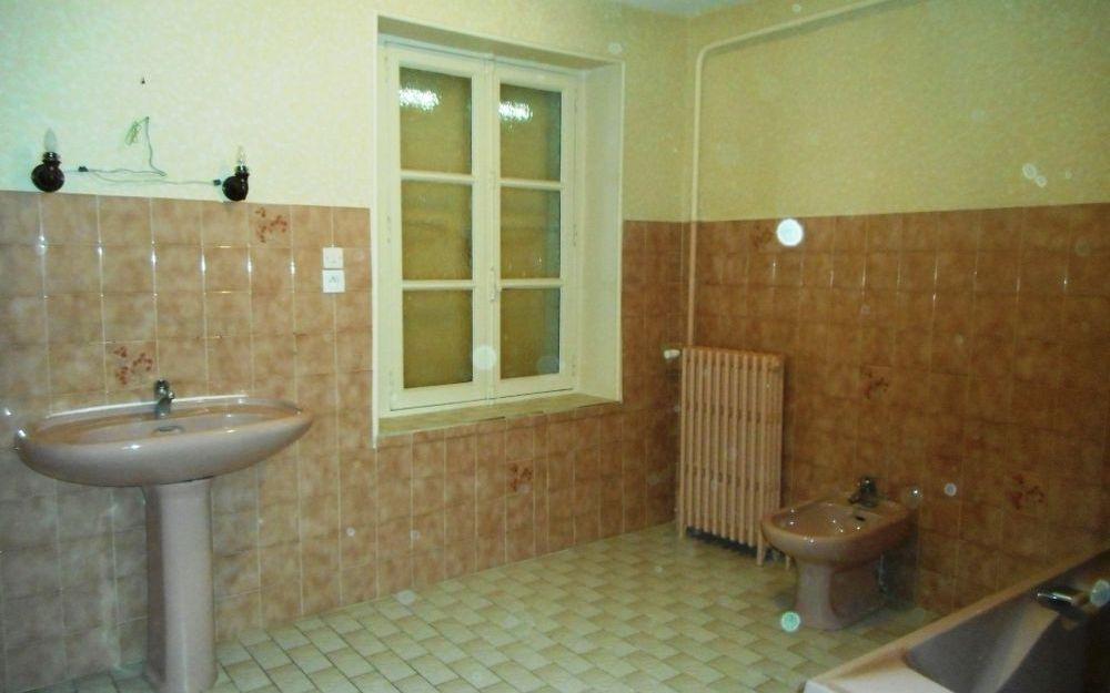 Maison Ancienne : salle de bains