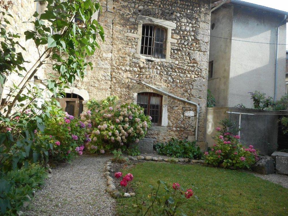 Aile du chateau vente maison villa le grand lemps for Lacroix jardins 78