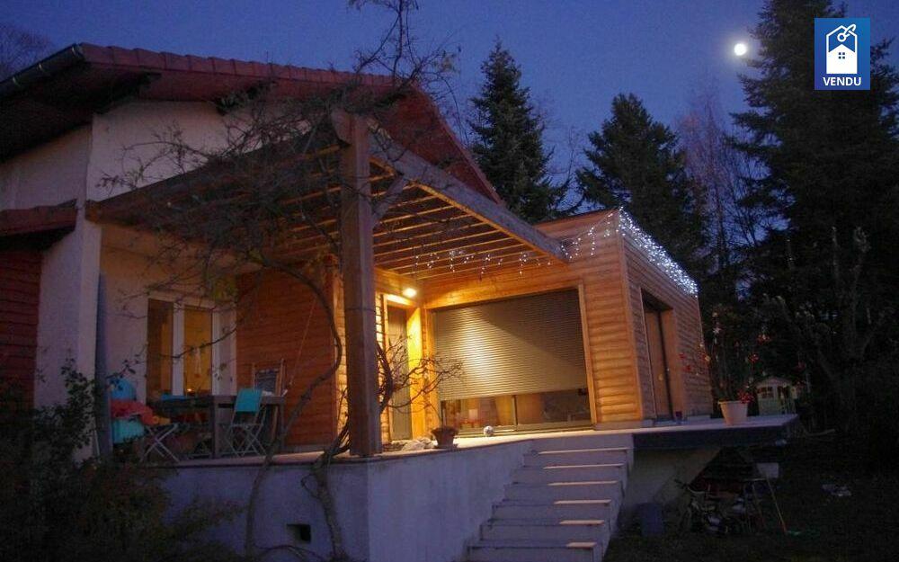 Immobilier sur Colombe : Maison/villa de 7 pieces
