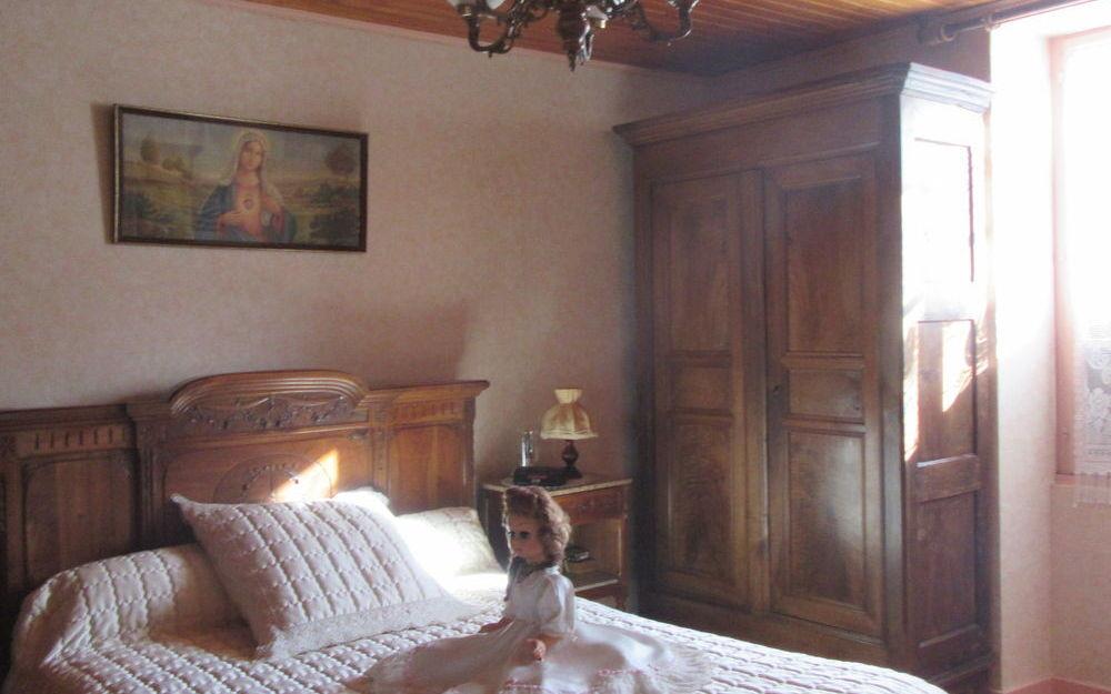 Maison : chambre à l'étage avec beau parquet