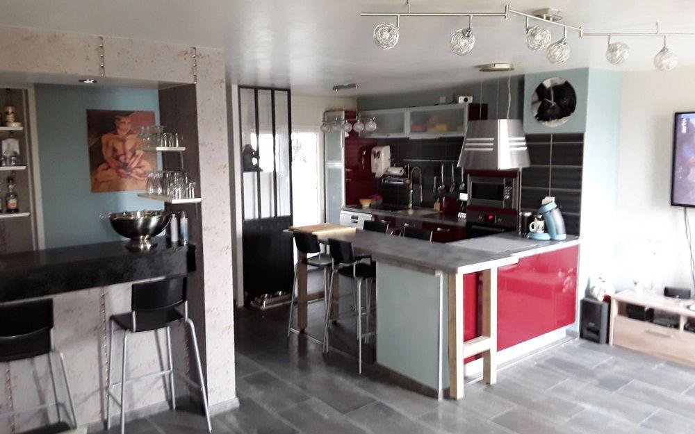 appartement de type 4 : vue d'ensemble sur la piece de vie d'une surface de 37.12 m²