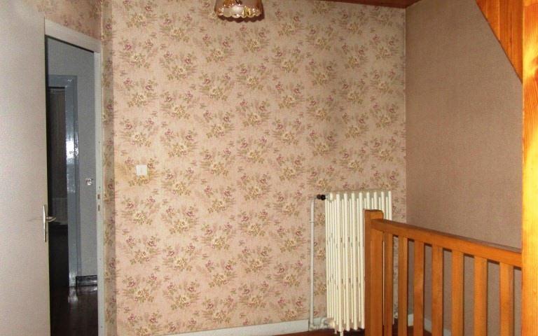 Maison ancienne avec dependance : palier etage
