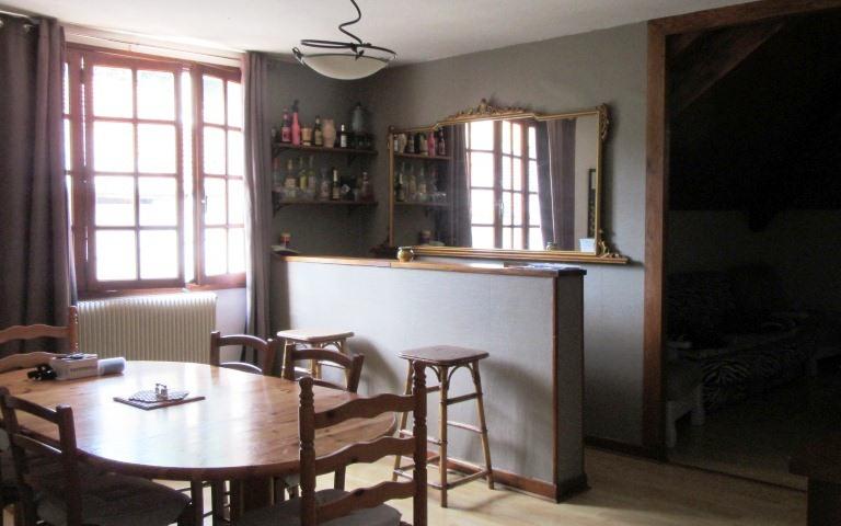 maison de village : au 2eme étage piece de vie tres agréable