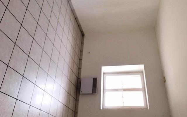 APPARTEMENT : une chambre surface 12.50 m²