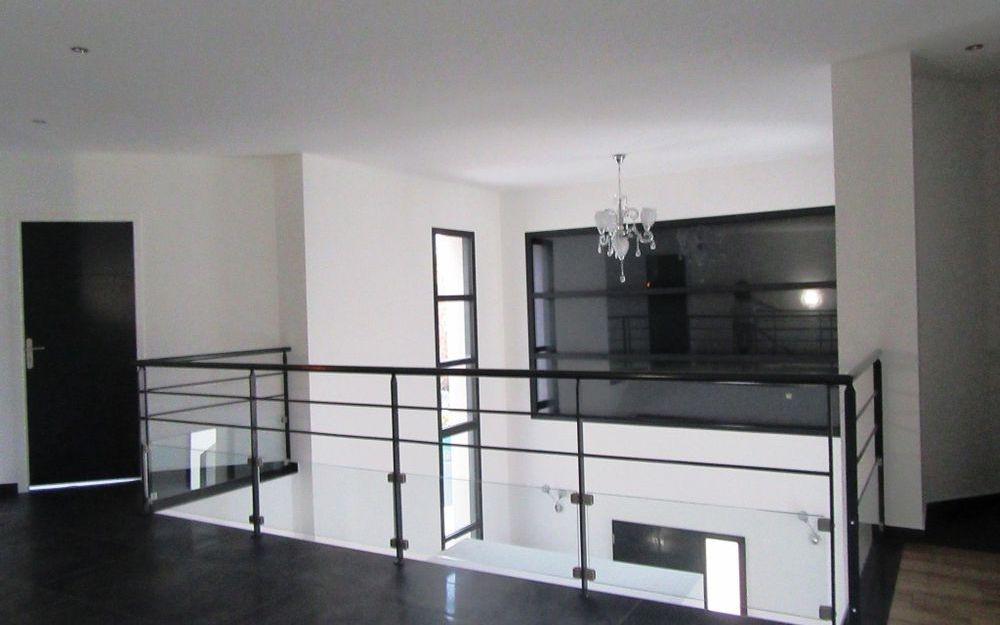 Villa Contemporaine neuve : mezzanine