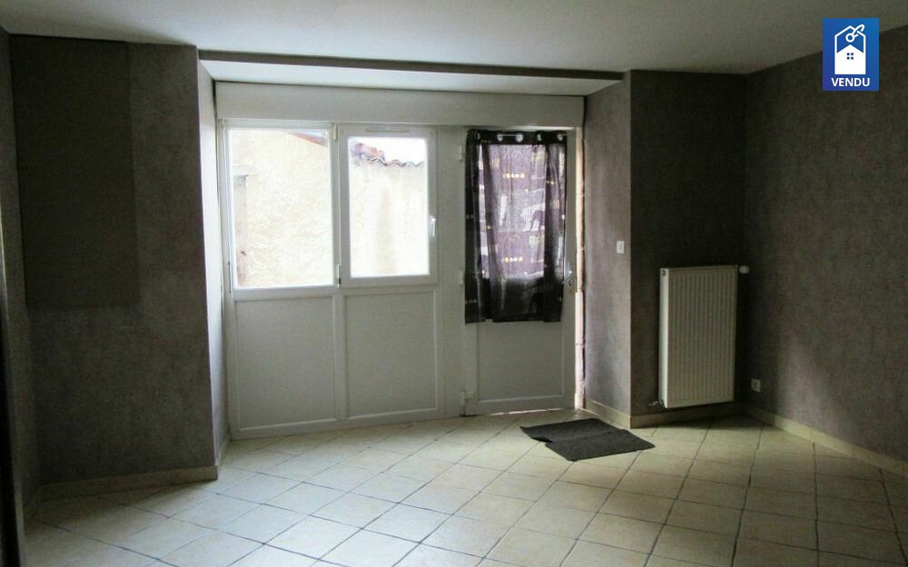 Immobilier sur Le Grand-Lemps : Maison/villa de 3 pieces