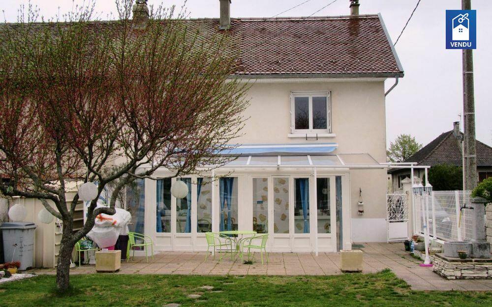 Immobilier sur Bevenais : Maison/villa de 4 pieces