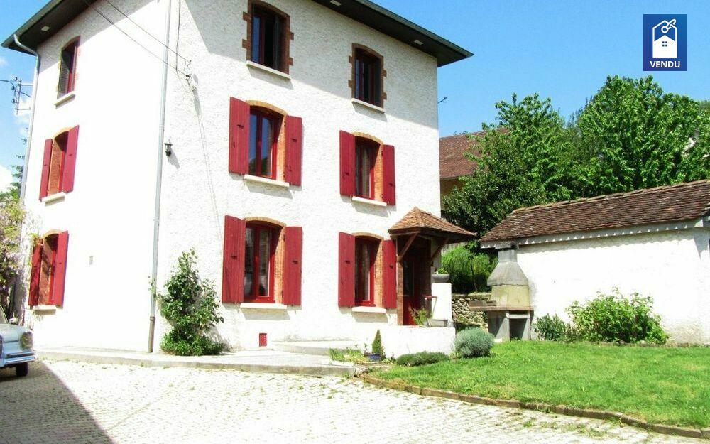 Immobilier sur Charavines : Maison/villa de 8 pieces