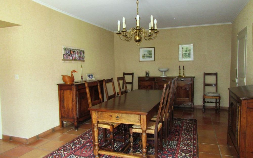 Maison bourgeoise : salle à manger