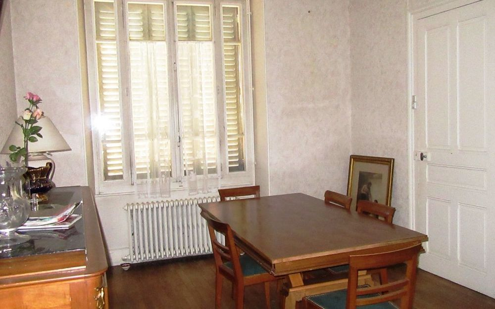 Maison ancienne : salon