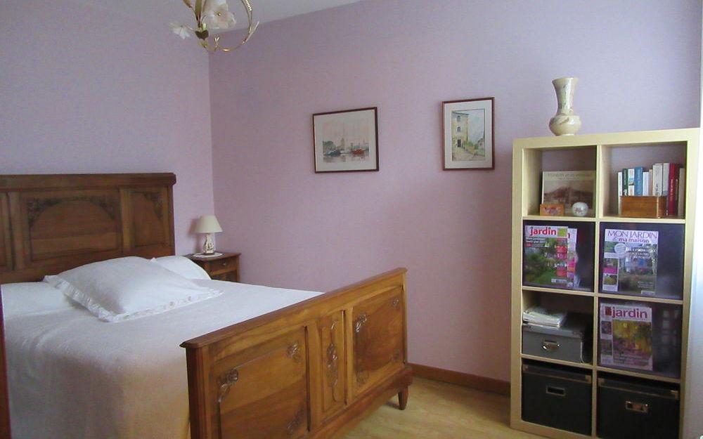 Appartement Rez de Jardin : chambre