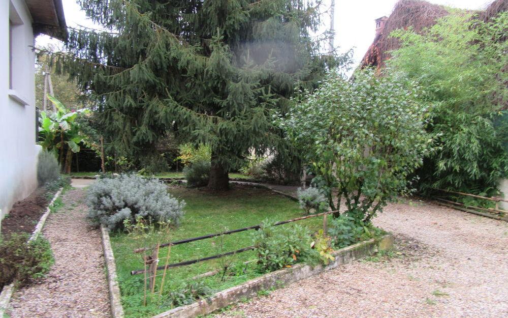 VILLA DE PLAIN PIED : jardin