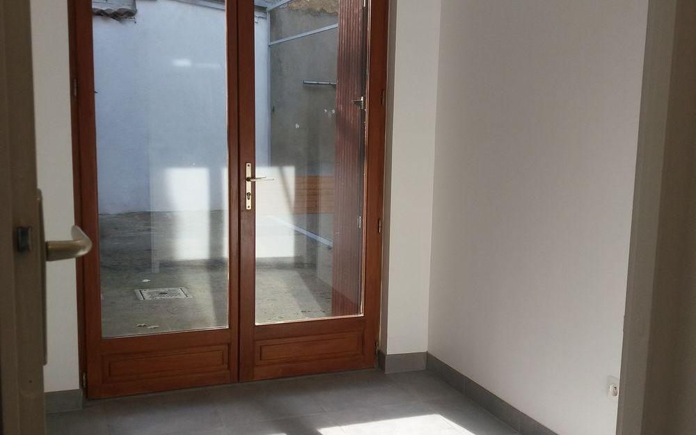 appartement de type 4 : ESPACE BUREAU