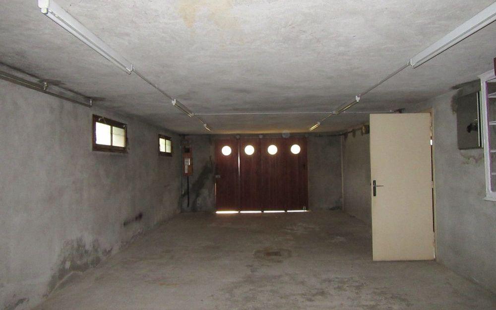 VILLA : garage spacieux
