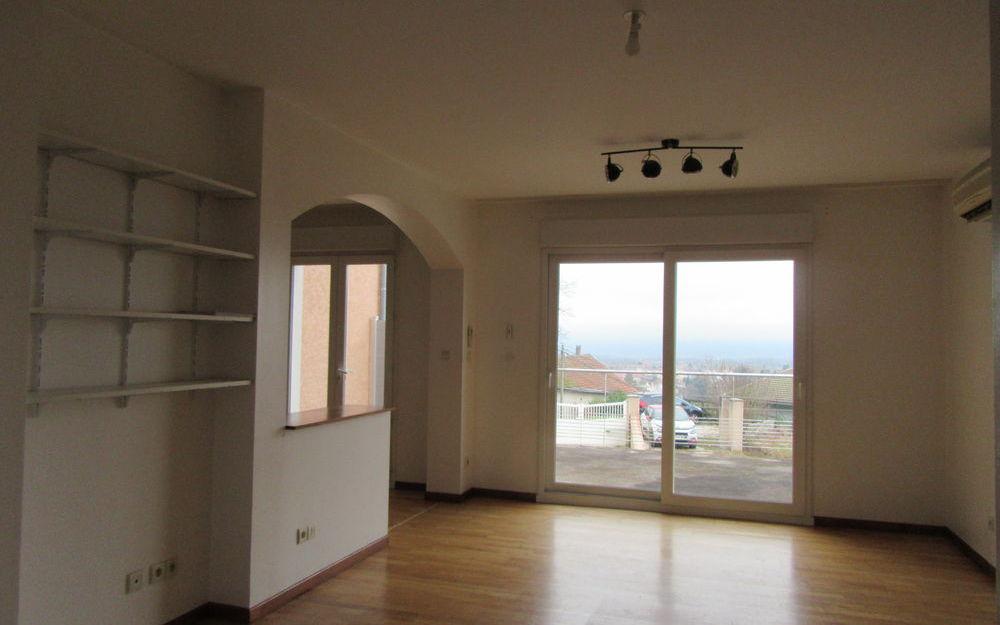 Villa avec sous-sol : séjour-salon