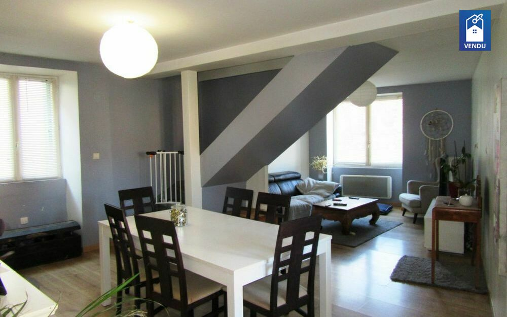 Immobilier sur Oyeu : Maison/villa de 5 pieces