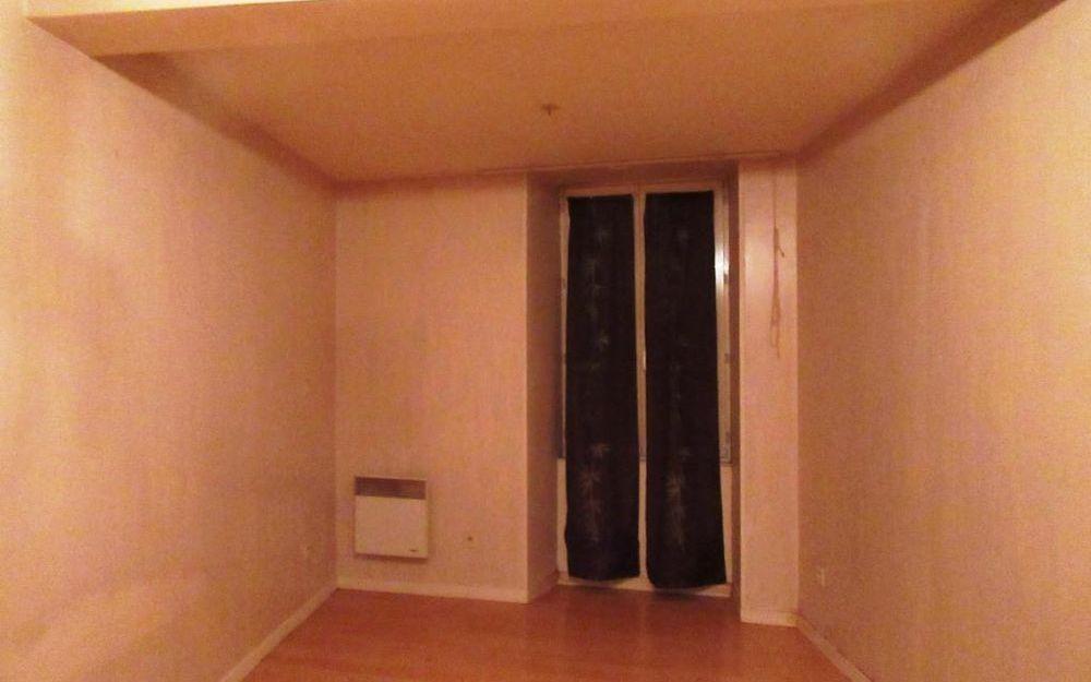 appartement de type 2 : CHAMBRE