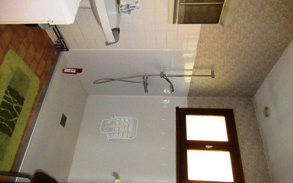 villa de plain pied : salle d'eau
