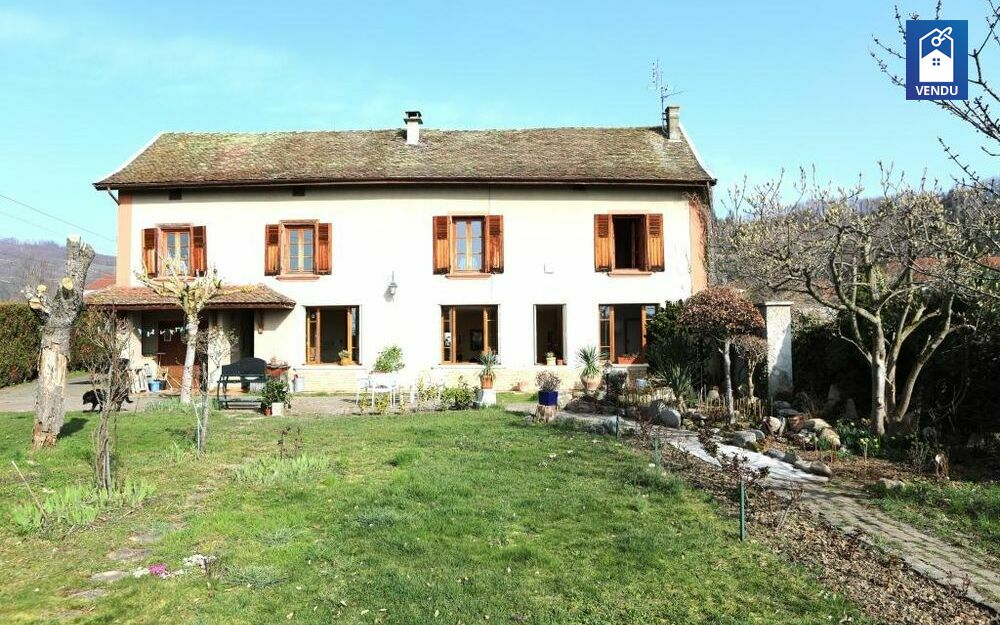 Immobilier sur Le Grand-Lemps : Maison/villa de 6 pieces