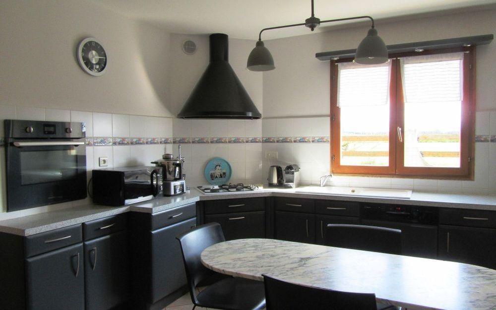 VILLA : cuisine equipée surface de 13 m²