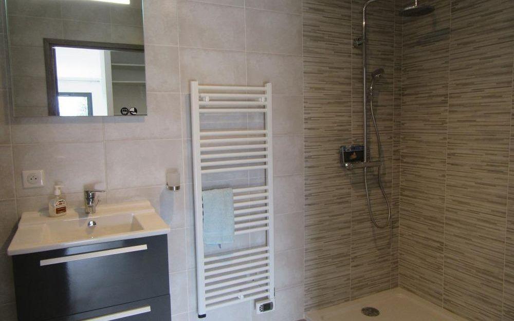 Appartement Neuf  -  Haut Standing : salle d'eau