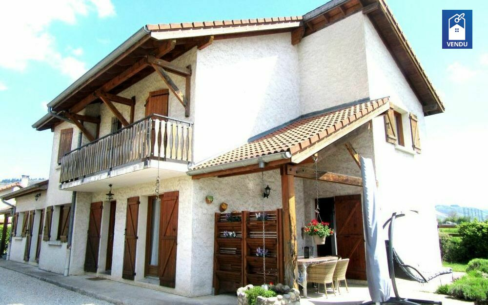 Immobilier sur Colombe : Maison/villa de 7 pieces