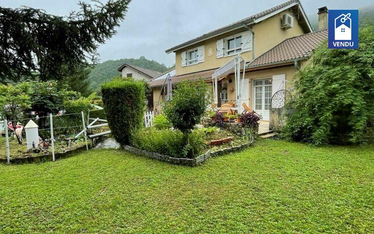 Immobilier sur Saint-Nicolas-de-Macherin : Maison/villa de 6 pieces