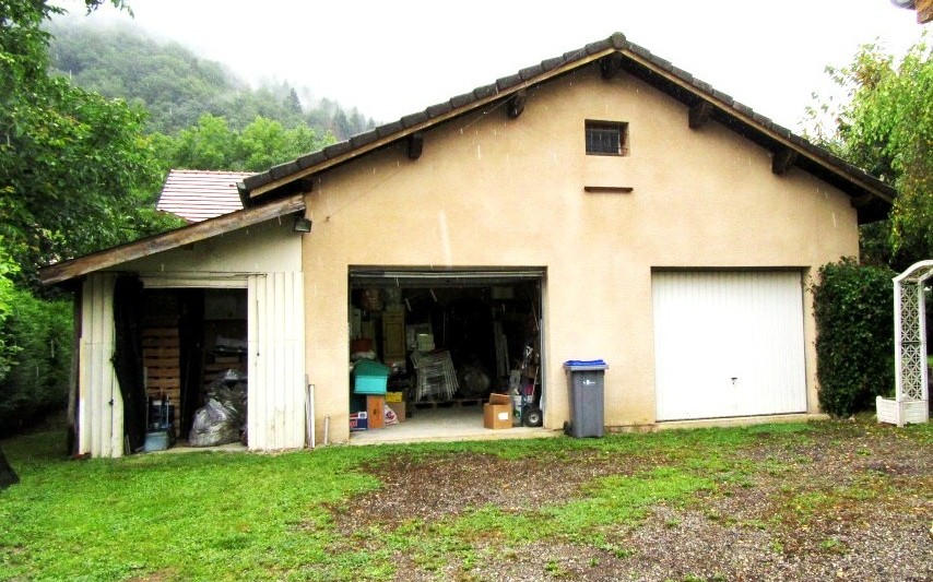 VILLA : double garage avec mezzanine