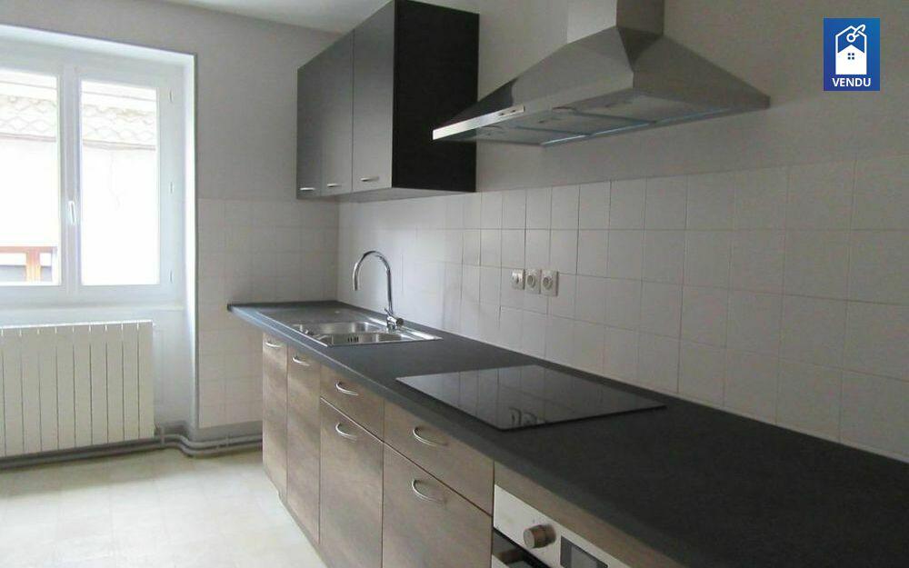 Immobilier sur Le Grand-Lemps : Appartement de 3 pieces